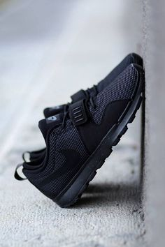 Nike SB Trainerendor Black on Black