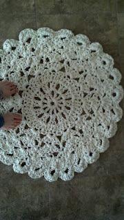 crochet pattern - doily rug