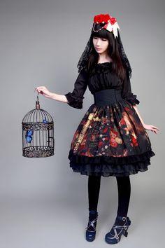 Neverland Lolita ~The Maiden in the Garden~ High Waist Fishbone Lolita Skirt: Size M: Price $68.99