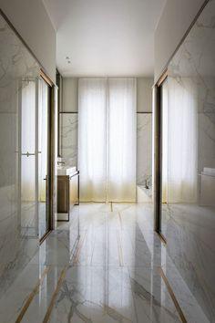Apartment Trocadéro by Rodolphe Parente