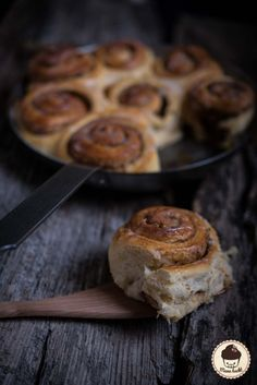 Cinnamon buns - the best in the world - Backen - Blueberry Recipes No Cook Desserts, Healthy Dessert Recipes, Meat Recipes, Snack Recipes, Healthy Snacks, Cinnabon, How To Cook Pasta, How To Cook Chicken, Desserts Sains
