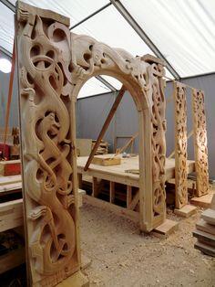 viking long hall - Google Search Viking House, Viking Life, Vikings, Viking Hall, Viking Bed, Stone Carving, Wood Carving, Norway Viking, Long Hall