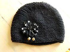 bonnet Bonnet Crochet, Knit Or Crochet, Crochet Hats, Knitting For Kids, Baby Knitting, Patron Crochet, Knitting Patterns, Fabric Ribbon, Baby Outfits