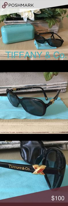 👓💙💯 TIFFANY & CO  SUNGLASSES & CASE EUC 👓💙Excellent condition💞 Tiffany & Co 💯Prescription Sunglasses, Case and Dust cloth. The lenses can be removed to add your prescription! These beautiful frames are authentic 💯and come with side gold trim as pictured. The case shows some wear and the interior is impeccable. The dust cloth is included.   👓Style 4023 8001/3C 👓54 [16]  130 3N  Excellent Value for this package 💕👓💙 Tiffany & Co. Accessories Glasses