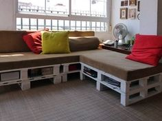 DIY Project: Pallet Sofa Makes for 5 Star Naps | HomeJelly