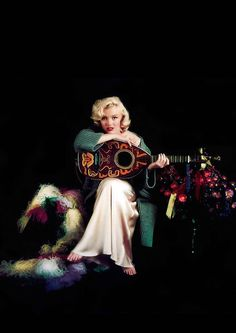 Marilyn by Milton Greene.     ...ive seen Alot of mm pics, but never This one...