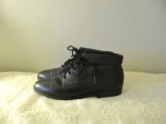 vintage black leather laceup ankle boots  size 9 by mellowrabbit, $30.00
