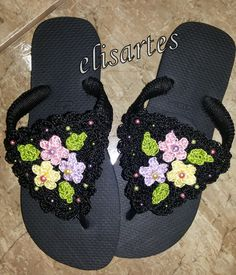 CHINELO DECORADO COM CROCHE