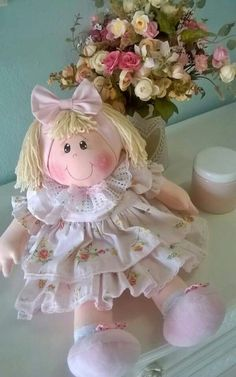 Felt Dolls Baby Dolls Doll Toys Diy Furniture Projects Diy Crafts For Gifts Fabric Dolls Doll Patterns Doll Clothes Flower Girl Dresses Doll Sewing Patterns, Sewing Toys, Diy Crafts For Gifts, Handmade Crafts, My Child Doll, Baby Doll Toys, Soft Dolls, Doll Crafts, Fabric Dolls