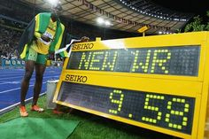 The fastest man in the world to top the foot speed on record is 44.72km/h (27.79 m/h), seen during a100 metressprint (average speed between the 60th and the 80th meter) byUsain Bolt. I Berlin 2009-08-16.