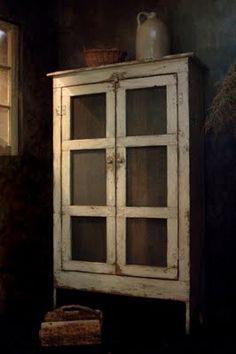 OLD WORN WEATHERED WHITE PIE SAFE ~♥~ I love old things.