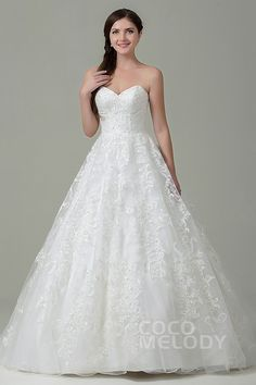 Hot Sale A-Line Sweetheart Natural Train Tulle Ivory Sleeveless Zipper With Button Wedding Dress with Appliques CWXT15017 #weddingdresses #cocomelody