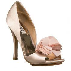 Η ΝΑΚ shoes φέρνει στην Ελλάδα τα Βραδινά & Νυφικά Παπούτσια Badgley Mischka | Μοντέρνα Σταχτοπούτα. . .