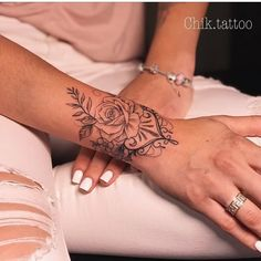 Arm Tattoo Great Ideas Cuff tattoo, wrist tattoos for women, tat . - Arm Tattoo Great Ideas Cuff Tattoo, Wrist Tattoos For Women, Tattoo Bracelet – Arm Tattoo Big Ide - Body Art Tattoos, New Tattoos, Small Tattoos, Sleeve Tattoos, Cool Tattoos, Tatoos, Gorgeous Tattoos, Girly Tattoos, Creative Tattoos