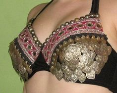 home page of stephanie barto, director of read my hips tribal bellydance ensemble in chicago