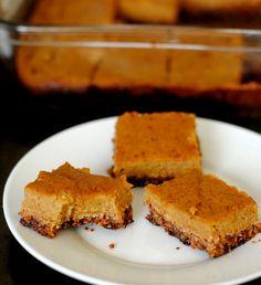 lightly sweetened paleo pumpkin pie bar