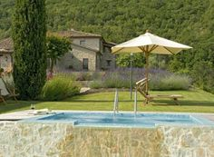 Villa Sangallo || www.casalio.com || Italy, Umria, Pierantonio, 10-18 persons, pool || An elegant luxury villa, set up in the Umbrian hills, offering a peaceful atmosphere, breathtaking views and surely one of the most relaxing atmospheres in Umbria. #umbriavillas #umbrienvillen #italyvillas #Italianvillas #italianvillasforrent #umbriavillasforrent #umbriaholidayhomes #umbriavillaswithpool #vacation #italytravel #urlaub  #honeymoon #familytravel #italytravel #villasforrent #luxuryvilla
