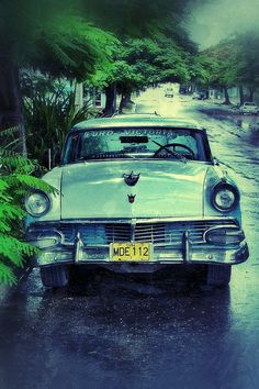 Beautiful old car in Cuba..Re-pin brought to you by agents of #Carinsurance at #HouseofInsurance in Eugene, Oregon