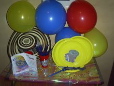 Decor for tables Holidays And Events, Party Themes, Tables, Mom, Decor, Carnival, Colombia, Party, Mesas