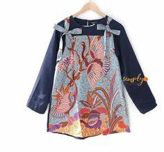 @simply2simply Batik Blazer, Blouse Batik, Batik Dress, Batik Fashion, Hijab Fashion, Fashion Outfits, Batik Muslim, Batik Kebaya, Casual Hijab Outfit