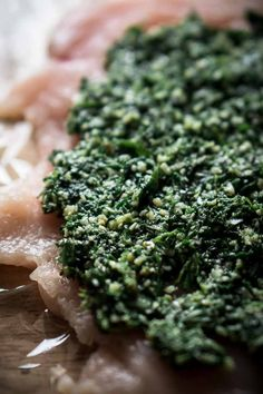 Basil Spinach Pesto Recipe without Nuts - Stuffing meat with pesto - Keto Sauces, Low Carb Pesto Recipe Without Nuts, Keto Sauces, Veggie Noodles, Fresh Basil Leaves, Healthy Alternatives, Low Carb Keto, Keto Recipes, Paleo, Veggies