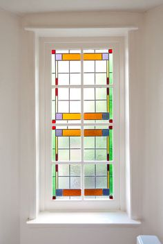 Glas in Lood, Jaren 30 Woning. Stained Glass Designs, Color Tile, Bathroom Styling, Amazing Grace, Stained Glass Windows, Beautiful World, Glass Door, Building A House, Art Deco