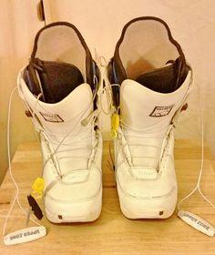 3d07683a15edca Burton Mint Women s Snowboarding Boots size 9 US  Burton Snowboarding Women