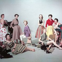 Models in a colorful array of denim fashions 1953 Photo Eliot Elisofon in a Room special fashion © Pleasurephotoroom 50 Fashion, Denim Fashion, Fashion Photo, Retro Fashion, Vintage Fashion, Vintage Dresses, Vintage Outfits, Vintage New York, Life Magazine