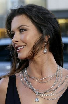 Catherine Zeta Jones #mac #makeup #make ups