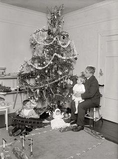Vintage Christmas Tree   by iconomy vs flickr, via Flickr