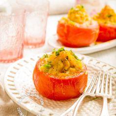 Tomates Rellenos de Puré de Papa, Queso e Hierbas