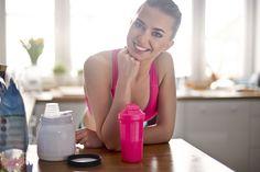 El magnesio es un mineral en nuestro organismo, fundamental para rendir durante la actividad física. Para mejorar en el deporte puedes utilizar complementos alimenticios de Ynsadiet elaborados con magnesio.