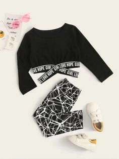 Toddler Girls Letter Tape Crop Tee With Leggings – kidenhome Cute Outfits With Leggings, Cute Lazy Outfits, Crop Top Outfits, Legging Outfits, Sporty Outfits, Mode Outfits, Trendy Outfits, Girls Leggings, Chic Outfits