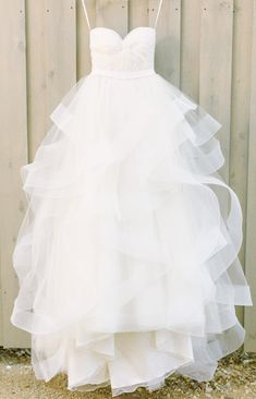 Tulle Wedding dresses, Cheap Wedding Dresses, Wedding Dresses Cheap, Long Wedding Dresses, Ivory Wedding Dresses, Floor Length Dresses, Cheap Long Dresses, Zipper Wedding Dresses, Ruffles Wedding Dresses, Tulle Wedding Dresses, Floor-length Wedding Dresses