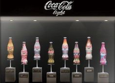8 italian fashion designers including Donatella Versace, Alberta Ferretti and Angela Missoni, have teamed up with Coca-Cola Light for a fundraising campaign in Coca Cola Light, Missoni, Donatella Versace, Fendi, Garrafa Coca Cola, Moschino, Fashion Milan, Miami Fashion, High Fashion