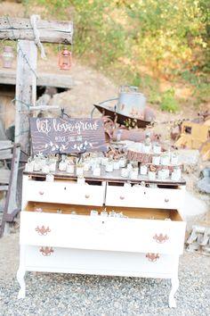 Paradise Springs Wedding | Oakhurst, CA | Yosemite Wedding | Favors