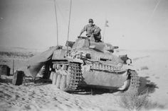 A command variant Panzer 2 operating with Afrika Korps forces Radios, Afrika Corps, North African Campaign, Erwin Rommel, Panzer Iii, Italian Army, Military Armor, Ww2 Tanks, German Army