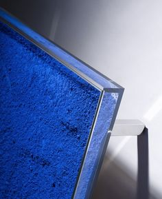 YVES KLEIN, Table Bleue, 1961. Low table withInternational Klein Blue pigment, perspex, glass and stainless steel. / David Gill Gallery