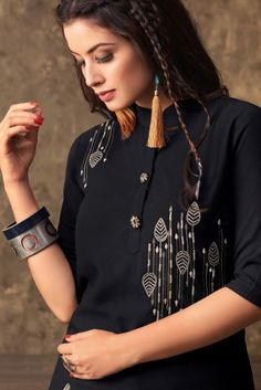 Wholesale Fancy Festival Wear Muslin Embroidered Kurthi With Printed Lehenga Embroidery On Kurtis, Kurti Embroidery Design, Embroidery Suits, Embroidery Fashion, Hand Embroidery, Kurta Designs, Blouse Designs, Motifs Perler, Stylish Blouse Design