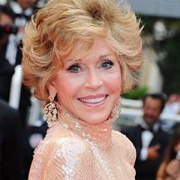 """Jane Fonda discusses her struggle with bulimia and poor body image, and shares how she was able to bounce back to reclaim her health."""