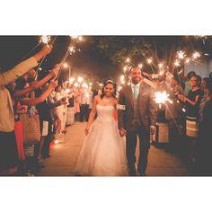 Nashville wedding planner, event designer, Paige Brown Designs, wedding sparkler exit, photography: George Street Photography www.paigebrowndesigns.com