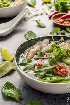 Vegan Pho in 30 Minutes This easy vegan pho recipe is the ultimate in comfort food. A delicious gluten-free spin on the classic Vietnamese noodle soup. Source by deliciouseveryday Quick Vegetarian Dinner, Vegetarian Soup, Vegan Soups, Vegetarian Pho Recipe Authentic, Vegan Food, Soup Recipes, Whole Food Recipes, Cooking Recipes, Healthy Recipes
