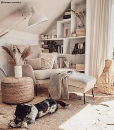 Tutto per la casa in Hygge Style su ▷WestwingNow Boho Chic Bedroom, Boho Living Room, Style Boho, Budget Home Decorating, Ideas Hogar, Cozy Corner, Cozy Nook, Loft Spaces, Small Spaces