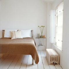 rose-colored room, very light wooden floor