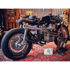 caferacergram's photo