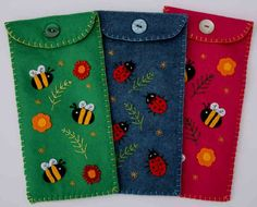 Bee felt pencil case Free shipping by PuffinPatchwork on Etsy, $15.00