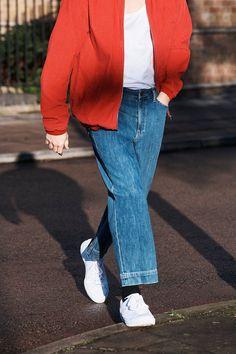 BDG Loose Washed Denim Cropped Jeans | Urban Outfitters | Urban Outfitters | Men's | New #uomens #urbanoutfitterseu #urbanoutfitters #uoonyou #uoeurope