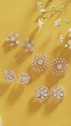 Truely want it😍😭 Diamond Earrings Indian, Diamond Earing, Rose Gold Earrings, Gold Rings Jewelry, Ear Jewelry, Jewelery, Gold Earrings Designs, Gold Jewellery Design, Diamond Tops
