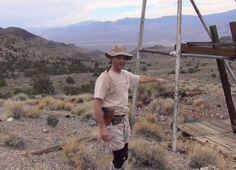 Este Hombre Ha Estado Desaparecido Durante Meses, Pero Eso No Es Lo Más Extraño Del Caso - La búsqueda continúa para un entusiasta excursionista de 47 años de edad, que desapareció en algún lugar de los desiertos de Nevada. Mientras que la zona de la montaña Sheepes conocida por tomar la vida de excursionistas experimentados incluso, el caso de Kenny Veach es especialmente peculiar. E... #¡OMD!=OhMiDios=OhMyGod(perohablamosespañol)  http://www.vivavive.com/este