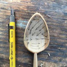 Woodworking Ideas For Girlfriend Bowl-hollowing map.Woodworking Ideas For Girlfriend Bowl-hollowing map. Wooden Spoon Carving, Carved Spoons, Wood Spoon, Spoon Carving Tools, Wooden Projects, Wood Crafts, Diy Projects, Green Woodworking, Woodworking Videos